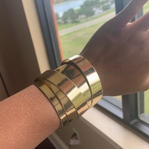 Bebe bangle gold tone cuff